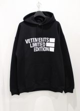 VETEMENTS BIG LOGO パーカー